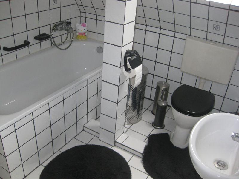 Dusche Direkt Neben Badewanne : Helle, moderne FeWo nähe Koblenz mit ...