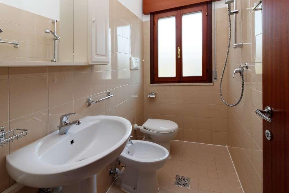 ferienwohnung in bibione objekt 7371 ab 24 euro. Black Bedroom Furniture Sets. Home Design Ideas