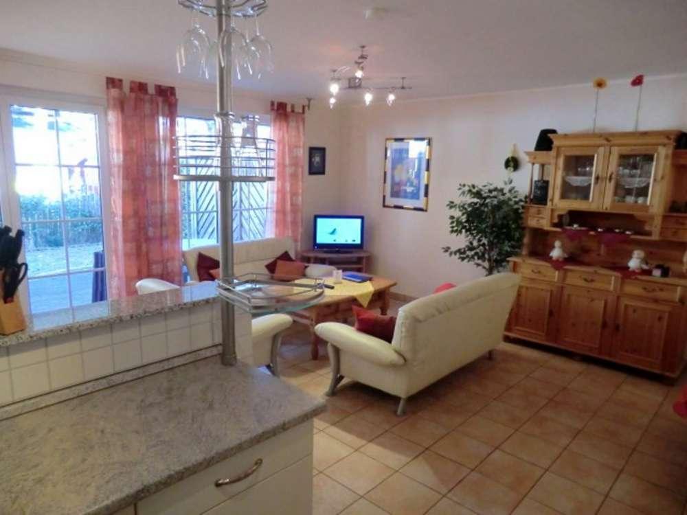 Ferienwohnung in zingst objekt 10910 ab 50 euro for Wohnzimmer john