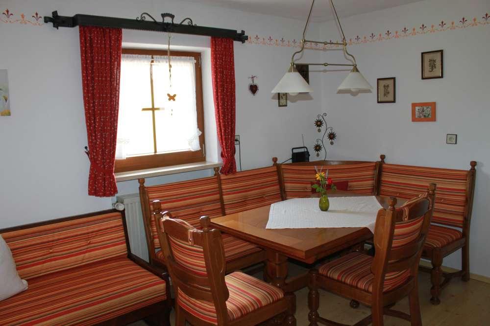91 wohnzimmer sitzgarnitur runde sofas modern orange