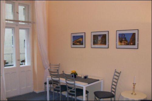 ferienwohnung in berlin objekt 1122 ab 68 euro. Black Bedroom Furniture Sets. Home Design Ideas