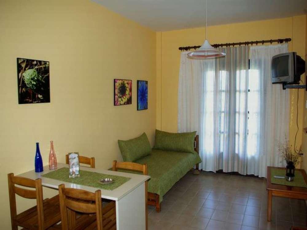 apartment in psakoudia objekt 1251 ab 50 euro. Black Bedroom Furniture Sets. Home Design Ideas