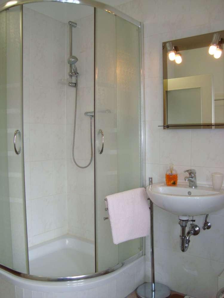 ber 100 g nstige ferienwohnungen in berlin von privat. Black Bedroom Furniture Sets. Home Design Ideas
