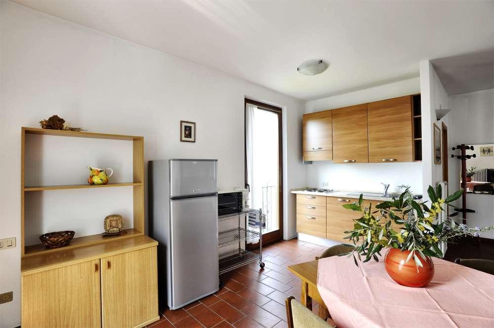 ferienwohnung in malcesine objekt 2403 ab 68 euro. Black Bedroom Furniture Sets. Home Design Ideas