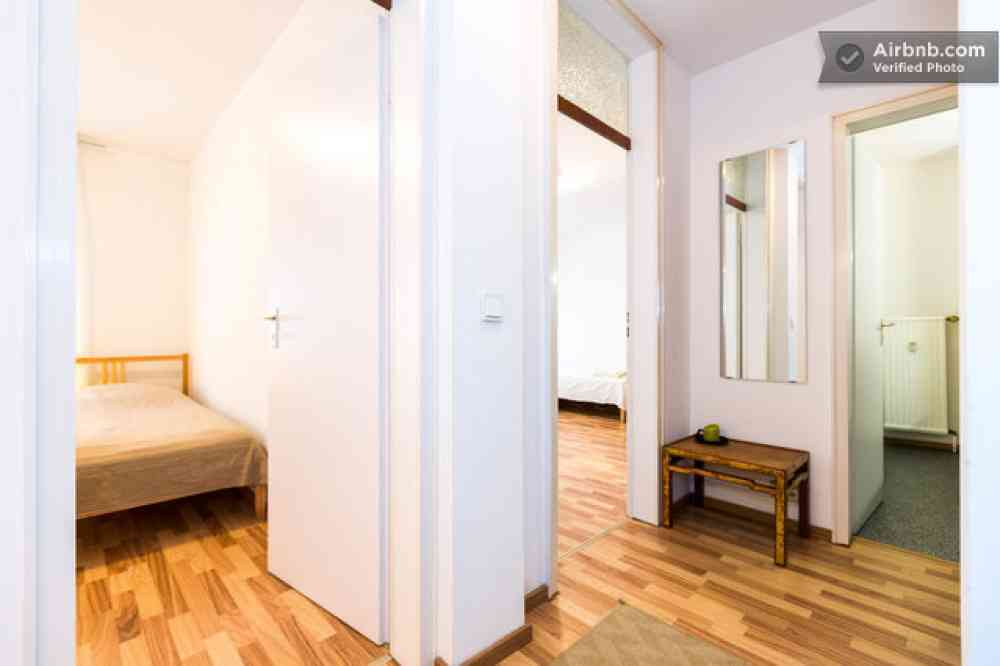 apartment in k ln objekt 7966 ab 40 euro. Black Bedroom Furniture Sets. Home Design Ideas