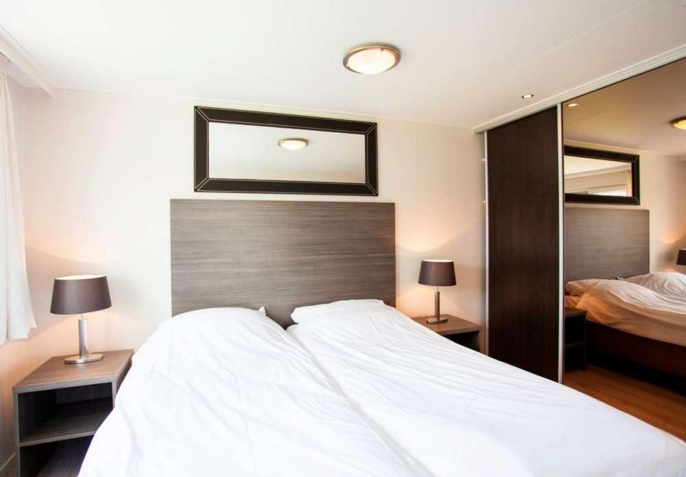 chalet in egmond aan den hoef objekt 10235 ab 55 euro. Black Bedroom Furniture Sets. Home Design Ideas