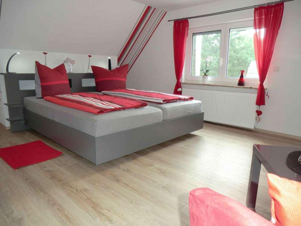Ferienhaus in groven objekt 10756 ab euro - Rotes schlafzimmer ...