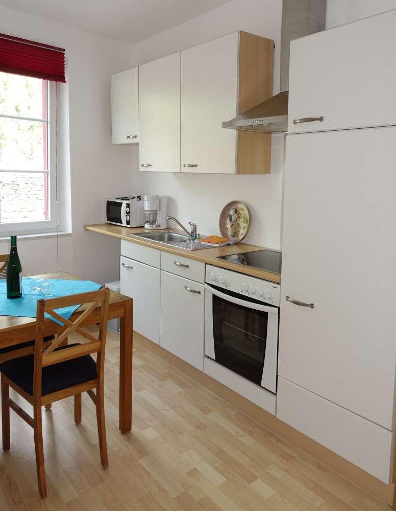 ferienwohnung in zell mosel objekt 11987 ab 55 euro. Black Bedroom Furniture Sets. Home Design Ideas
