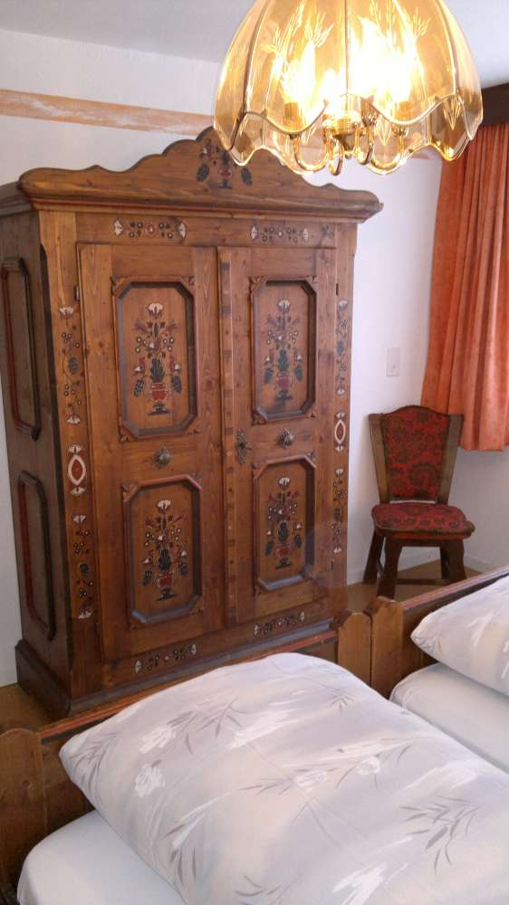 ferienwohnung in saas fee objekt 12037 ab 150 euro. Black Bedroom Furniture Sets. Home Design Ideas