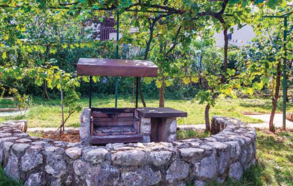 ferienhaus in malinska insel krk objekt 11109 ab 120. Black Bedroom Furniture Sets. Home Design Ideas