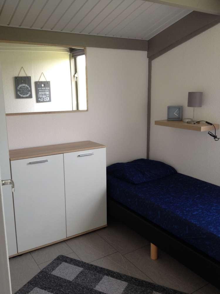 ferienhaus in andijk objekt 10695 ab 28 euro. Black Bedroom Furniture Sets. Home Design Ideas