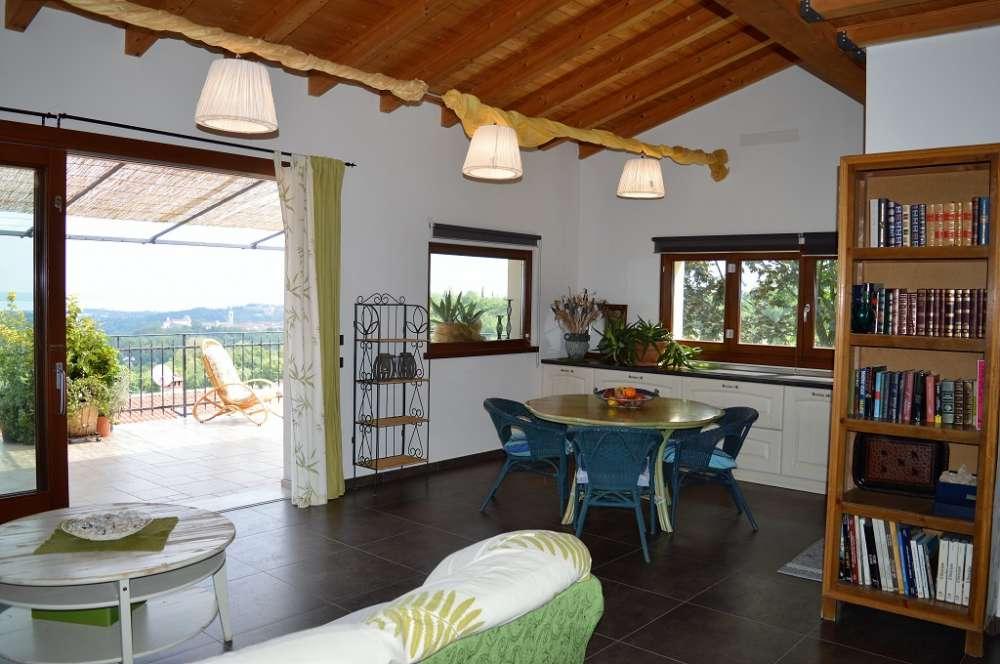 ferienwohnung in puegnago del garda objekt 12014 ab 106 euro. Black Bedroom Furniture Sets. Home Design Ideas