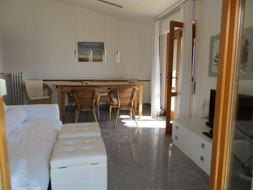 ferienwohnung in tignale gardasee objekt 12073 ab 45 euro. Black Bedroom Furniture Sets. Home Design Ideas
