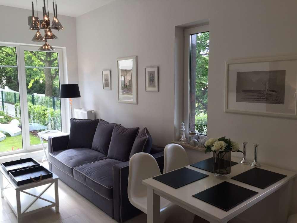 ferienwohnung in swinem nde objekt 12140 ab 28 euro. Black Bedroom Furniture Sets. Home Design Ideas