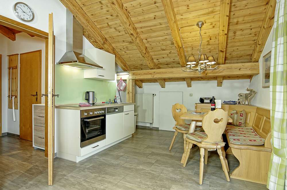 ferienwohnung in sch nau am k nigssee objekt 12252 ab 60 euro. Black Bedroom Furniture Sets. Home Design Ideas